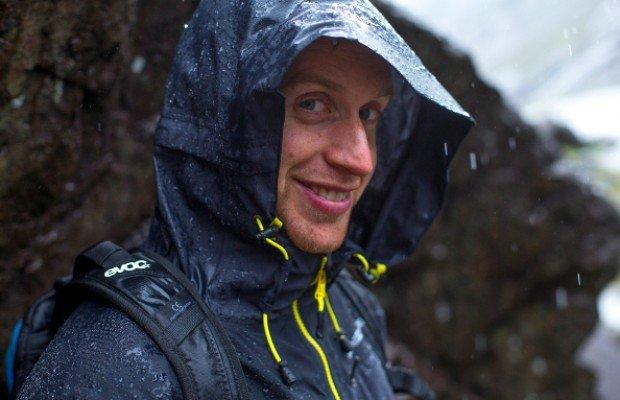Endura MT500, la colección de ropa con la que Danny MacAskill conquistó el Kilimanjaro en bici