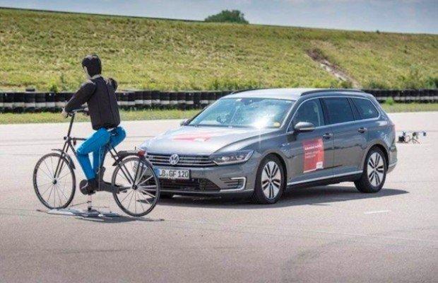 iBooster, el frenado automático de Bosch para evitar atropellos a ciclistas y peatones