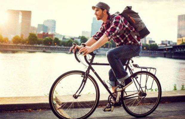 Los infinitos beneficios para la salud de ir al trabajo en bici