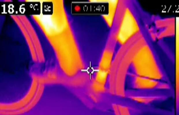 Pillan a un ciclista amateur con un motor oculto en su bici cuando iba tercero en una carrera