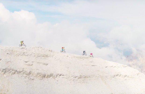 Precioso descenso en mountain bike desde los  3.225 metros del Tofana di Rozes