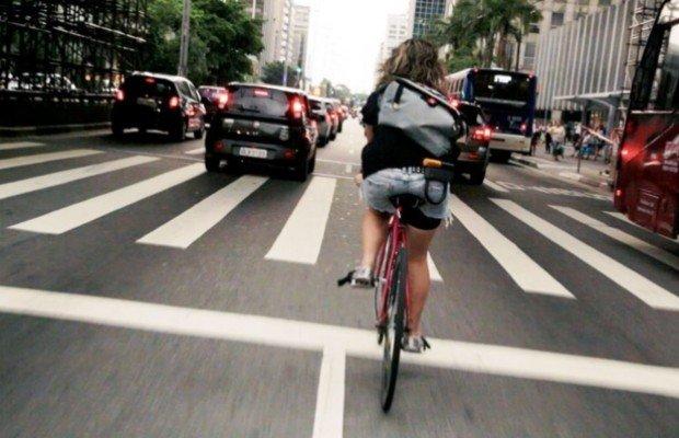 Bici vs coche vs metro: descubre qué medio de transporte es más rápido en ciudad