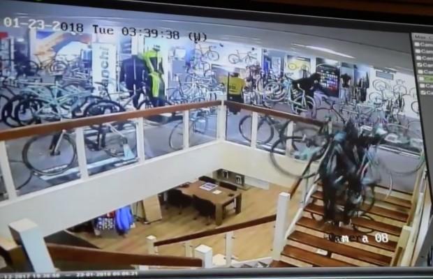 Roban 100.000€ en bicicletas Bianchi en tan solo 3 minutos