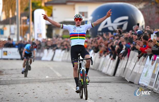 Van der Poel se proclama Campeón de Europa CX por tercera vez