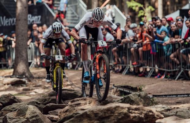La temporada 2019 de Van Der Poel en mountain bike resumida en 10 minutos