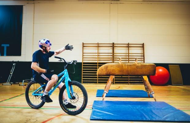 La sesión de gimnasio más insólita para un ciclista
