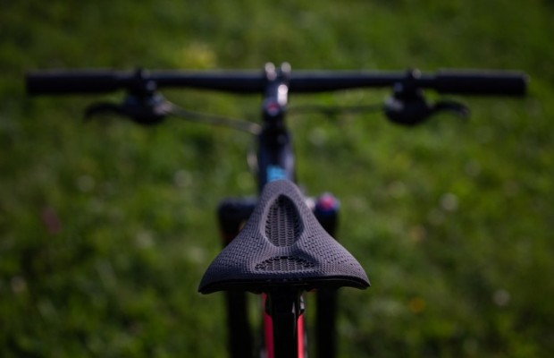 Specialized S-Works Power Mirror: the saddle to mark a before and after