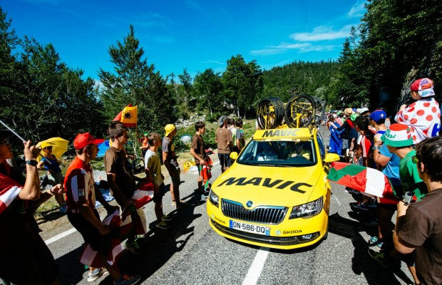 Le Blaireau Hinault joins bid to save Mavic