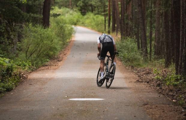 Alberto Contador marca un increíble nuevo récord en el Everesting