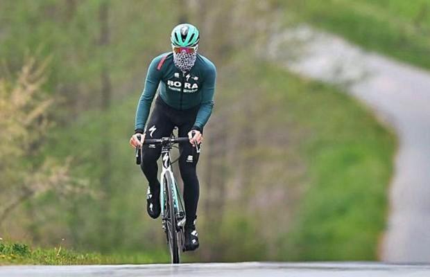 La mascarilla no afecta al rendimiento cuando pedaleamos a baja intensidad