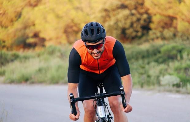 Vestta, la nueva equipación ciclista personalizable de Decathlon
