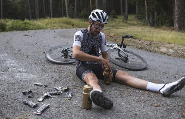 Van der Poel signs Contador