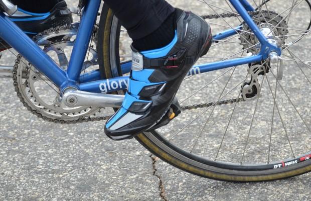 Motivos para no comprar las zapatillas ciclistas más baratas