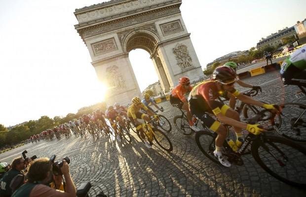 Los equipos no están de acuerdo con algunas medidas del Tour y piden que se relajen