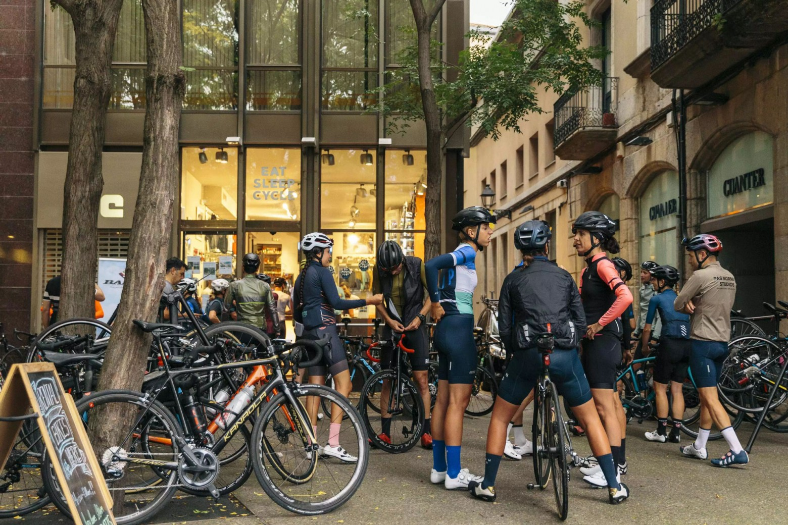 demasiado-cafe-ciclista/