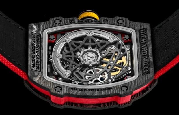 De las gafas de 5.000€ de Kristoff al reloj de 125.000€ de Alaphilippe, el equipamiento más caro del Tour