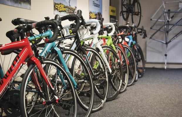 Titanio, acero, grafeno, aluminio o carbono ¿por qué sigue habiendo bicis tan diferentes?