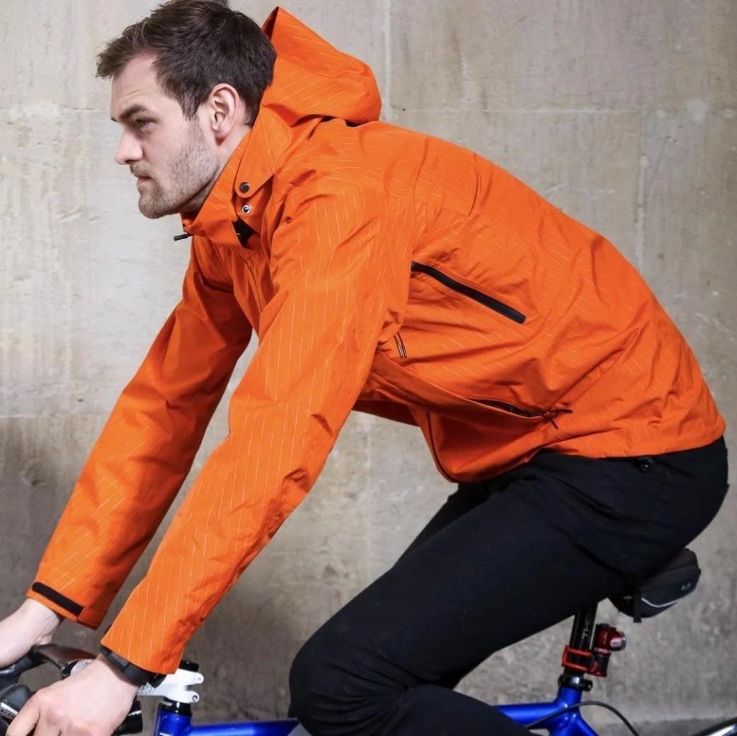 cuidar-prenda-impemeable-ciclismo/