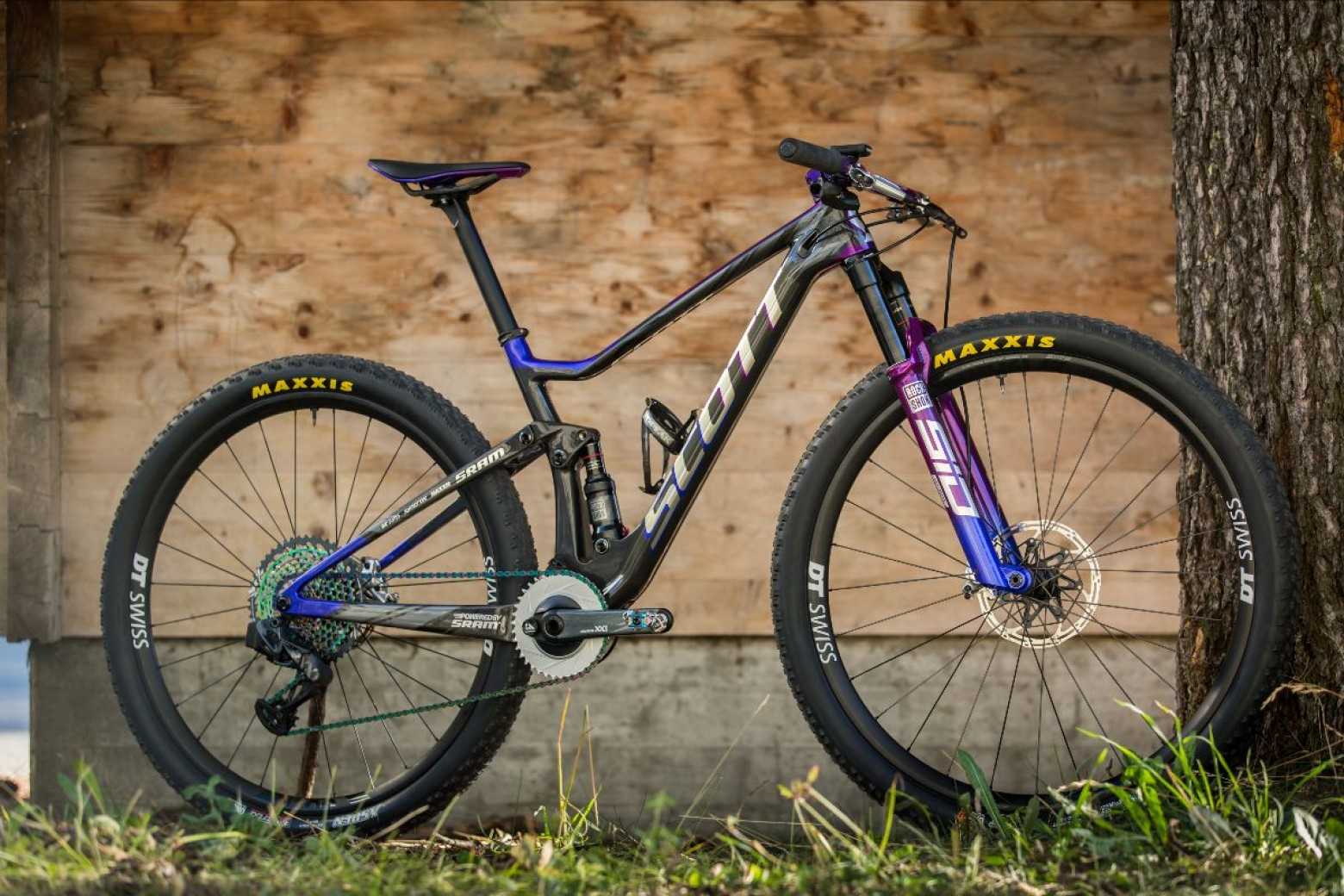In detail and in exclusive the Scott Spark Supersonic of