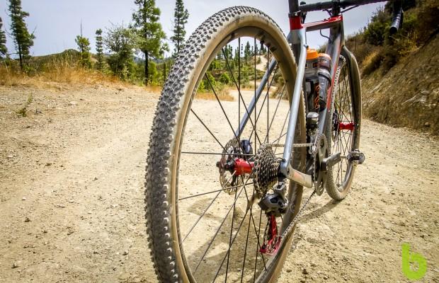 Nuevos neumáticos MSC Gravel: agarre y durabilidad para devorar kilómetros sin asfaltar