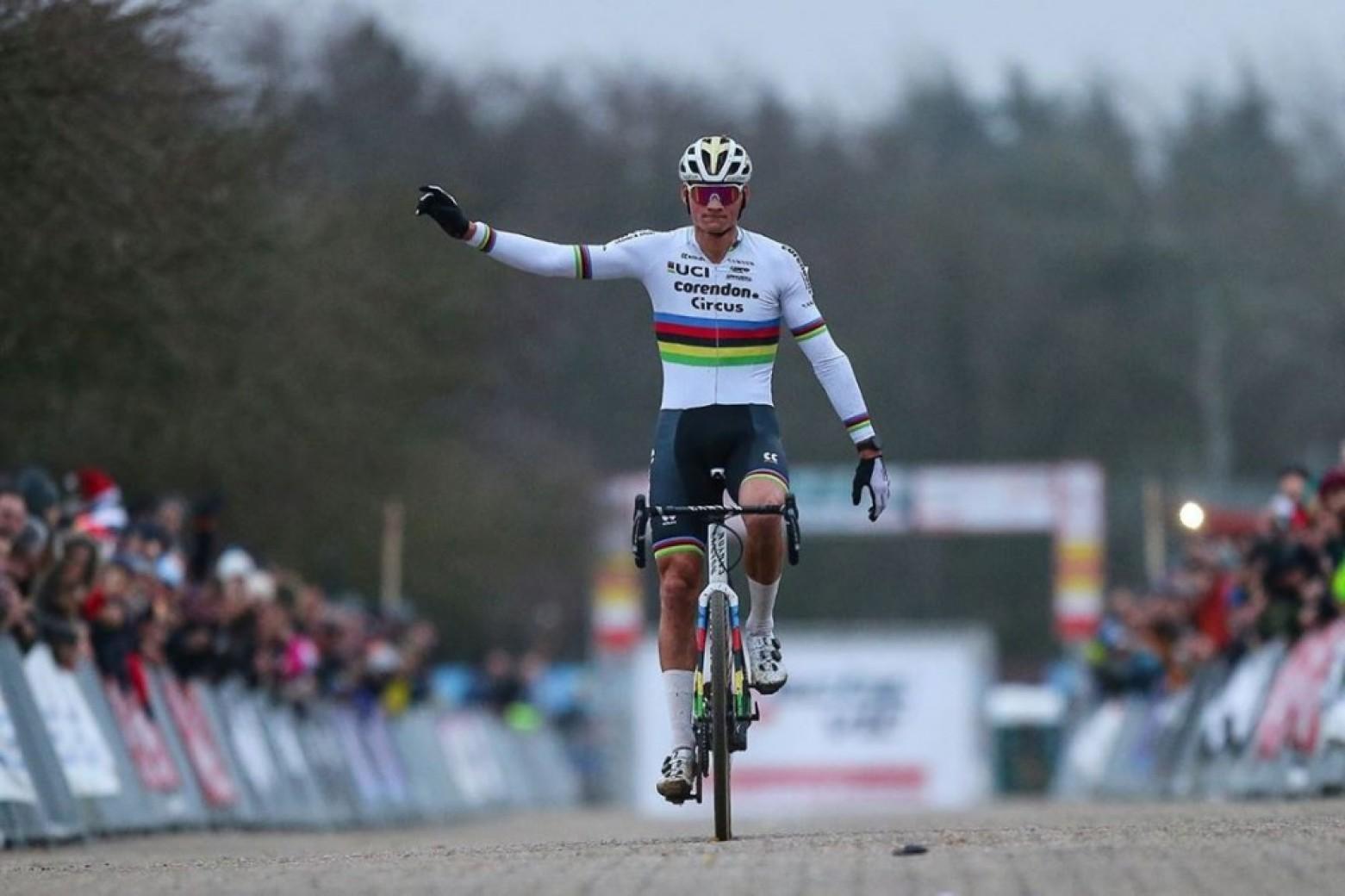 alpecin-patrocinador-mundial-ciclismo-2021/