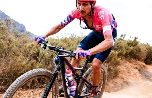 Lachlan Morton, el ciclista más versátil del pelotón, apunta a la Cape Epic 2021