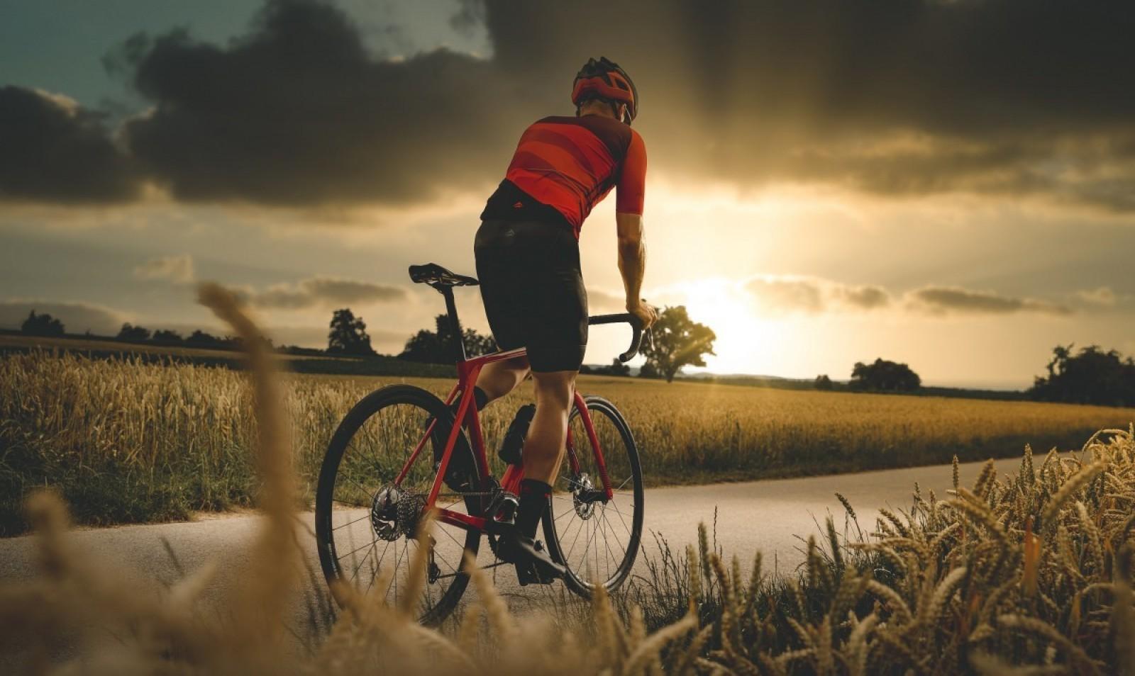 bici-aero-bici-gran-fondo-bici-escaladora/