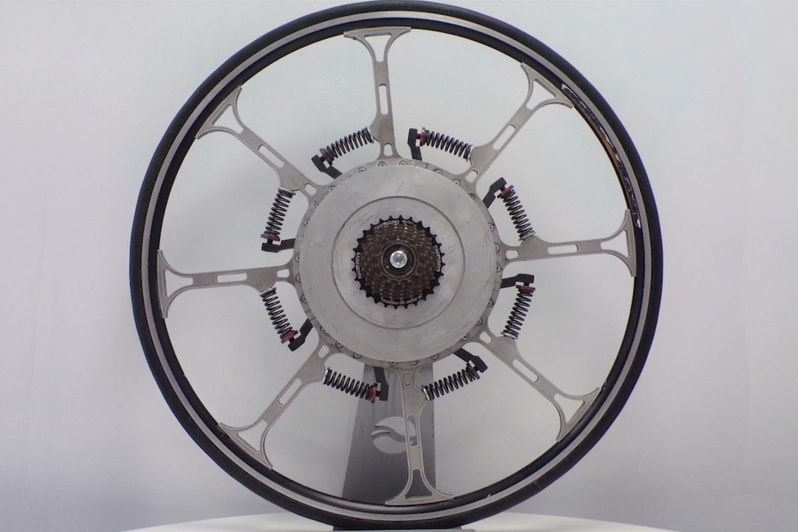 rueda-asistencia-electrica-sin-motor/