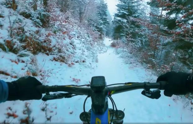 La nieve no frena a Schurter
