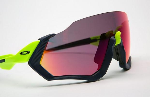 Oakley Flight Jacket y Field Jacket, las nuevas gafas de moda para ciclistas