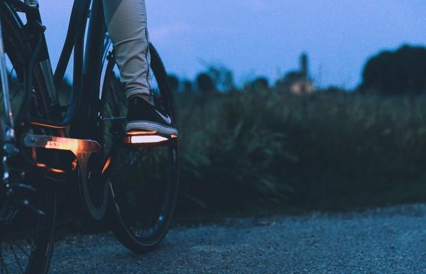 SpeaRoad pEd, los pedales inteligentes con intermitentes