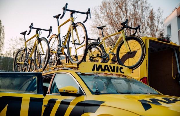 Se acabaron los coches amarillos de Mavic en el Tour, Shimano toma el relevo