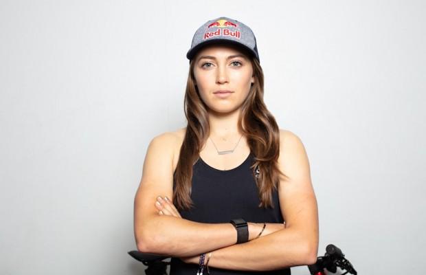 Kate Courtney anuncia la Beca Sparkle On destinada a estudiantes ciclistas