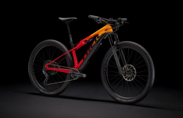 New Trek e-Caliber under 16 kg: an XC-specific electric bicycle with a removable motor