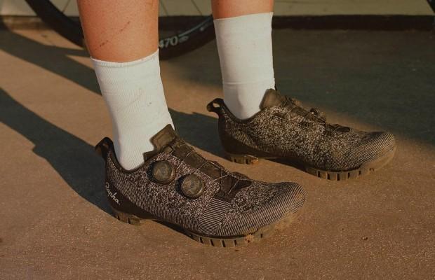 Nuevas Rapha Explore Powerweave, unas zapatillas todoterreno
