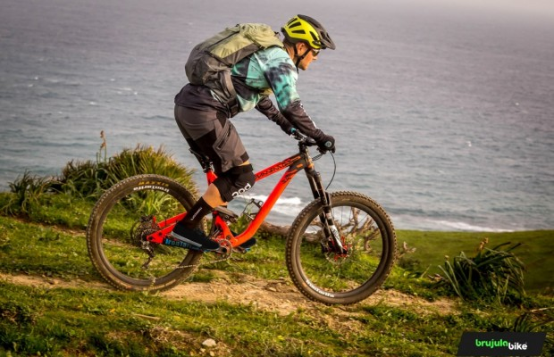 We test the EVOC Trail Pro 26 backpack, protection above everything else