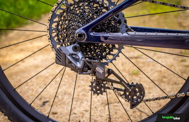 New SRAM GX Eagle AXS, we test the most economical electronic MTB groupset on the market