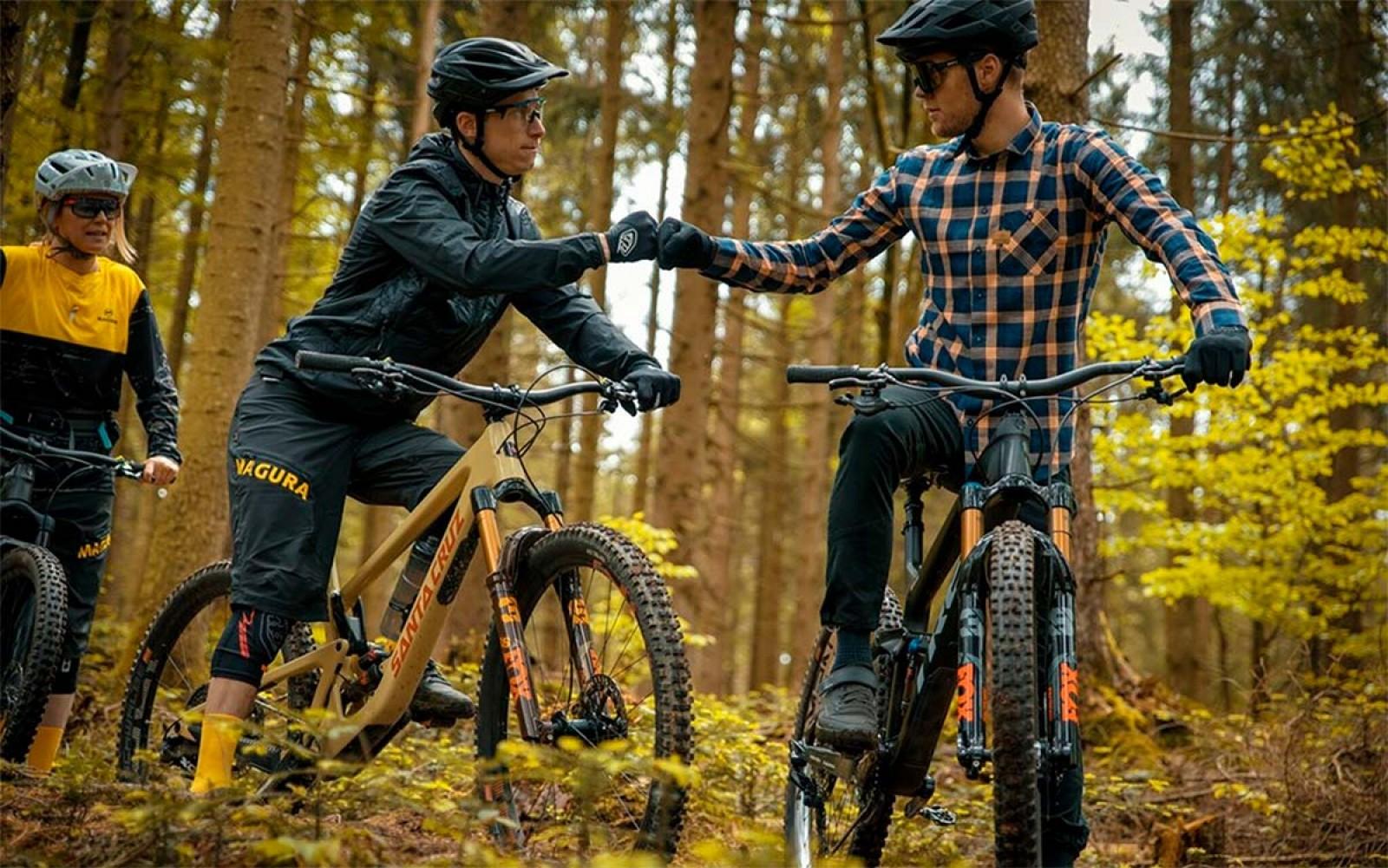 consejos-transportar-bici-mochila-rinonera/