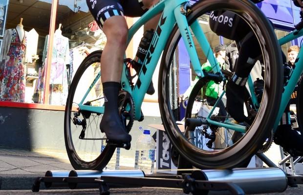 ¿Puedes romper tu bici haciendo rodillo?