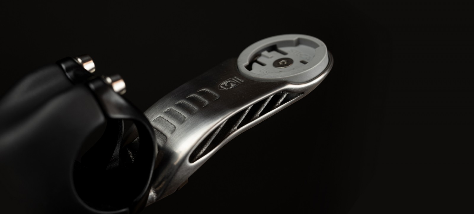 silca-mensola-soporte-titanio-gps/