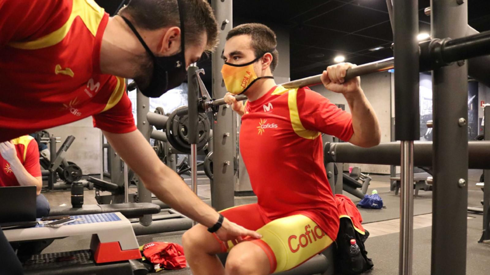ejercicios-fuerza-ciclismo-perder-peso/
