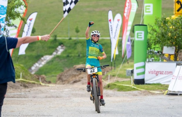 Mona Mitterwallner is proclaimed Austrian XCO Champion and continues on her way to becoming the next MTB star
