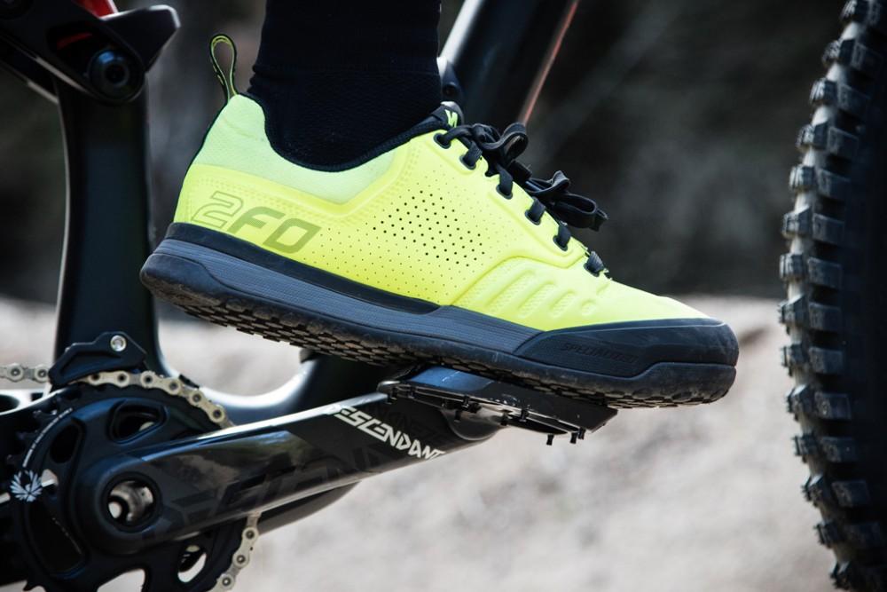 pedales automáticos, pedales de plataforma