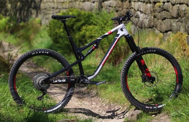 Las primeras mountain bikes que montarán el Fox Live Valve son estas