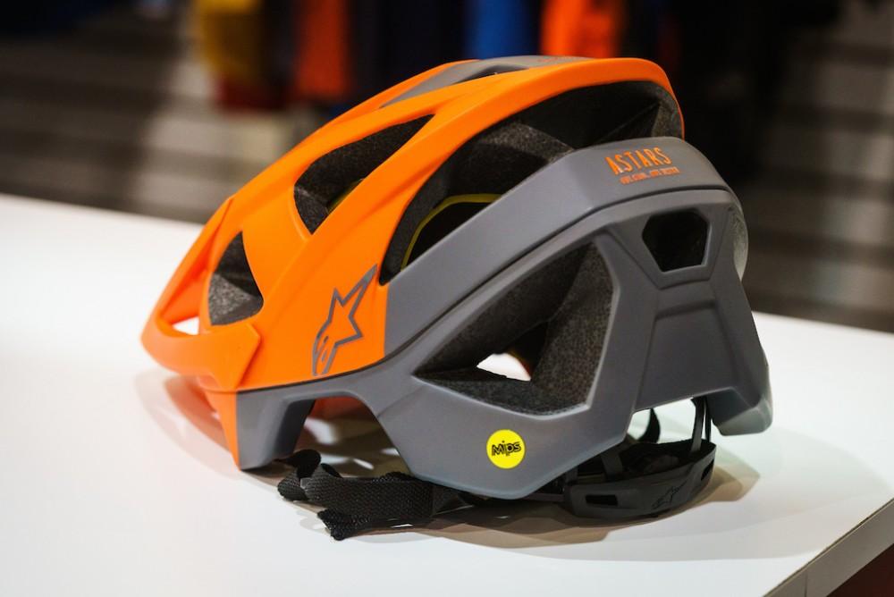 alpinestars casco xco mountain bike trasera