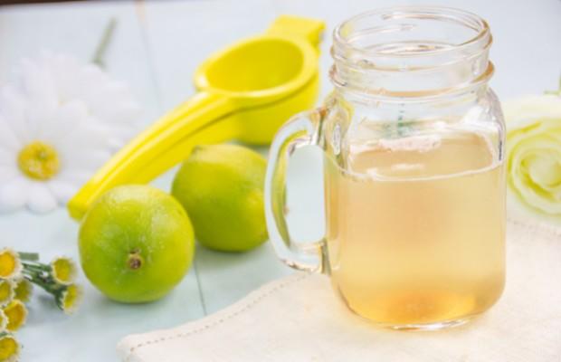 Bebida isotónica casera  fácil y rápida de hacer