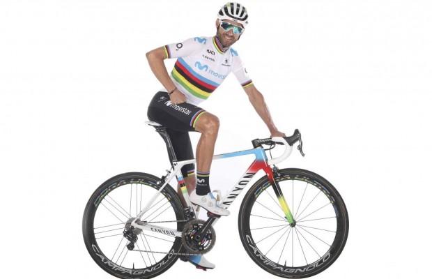 Así luce la Canyon Ultimate CF SLX de Valverde con los colores de Campeón del Mundo