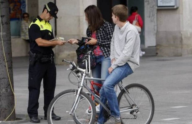 Cyclist will need a compulsory insurance in Spain