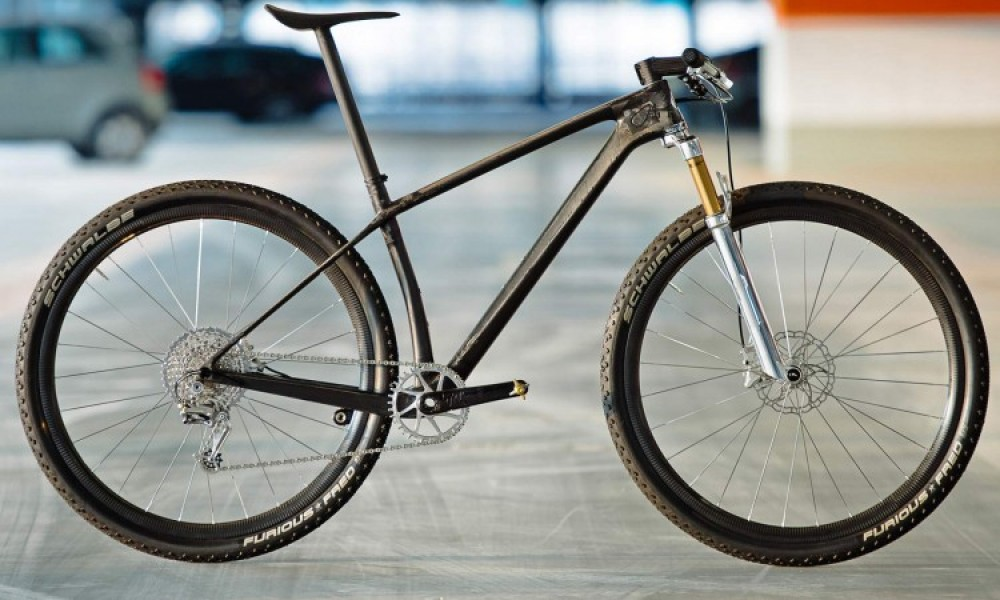 lightest mountain bikes