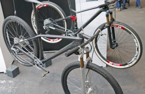 Estas son las 2 mountain bikes más ligeras del mundo, rígida y doble